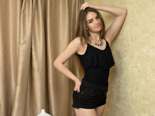 FondnessY - Sexy live show with sex cam on XloveCam®