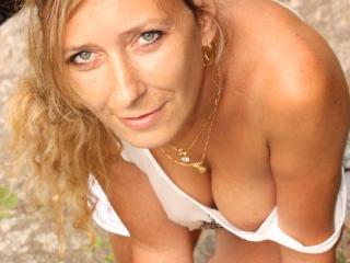 Betina photo gallery