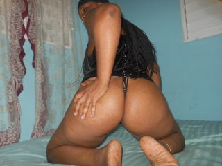 HotSexBabe - Chat xXx with this beefy Gorgeous lady