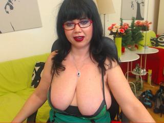 MatureVivian - Sexy live show with sex cam on XloveCam®