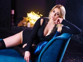 Sexy nude photo of ElMacson