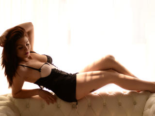 RoseMonique - Show sexy et webcam hard sex en direct sur XloveCam®