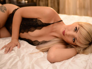 Sexy nude photo of StarSharon