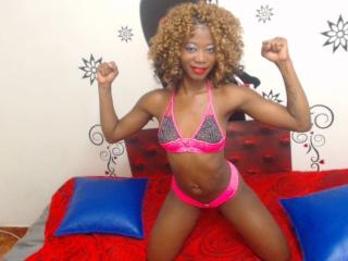 BlacksexyX - Webcam sexy with a trimmed pussy Sexy girl