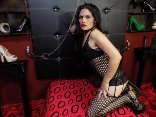NaugtthyAssForU - Webcam hot with this slim Dominatrix