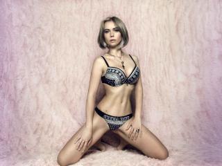 Sexy nude photo of SelenaMorgana