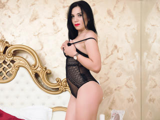 LoraGrey - Show live exciting with this brunet Sexy babes