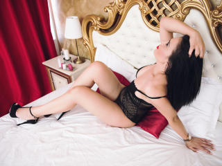 LoraGrey - chat online hot with this dark hair Girl