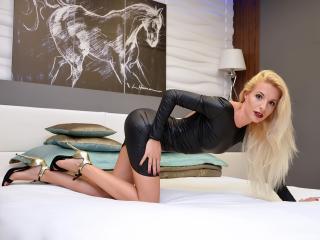 CarolineKey free porn chat