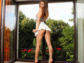 LeylaLoves - Sexy live show with sex cam on XloveCam®