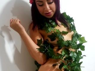 Sexy nude photo of CarolinesWorldX