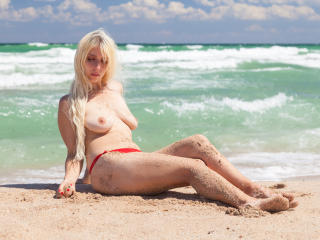 ShakiraAngelX - Cam x with this shaved genital area Hot chicks