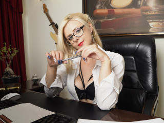 AlissaSinner - Show sexy et webcam hard sex en direct sur XloveCam®