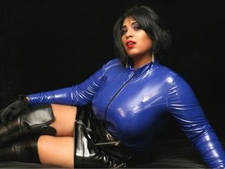 BustySubAmy - Chat live sex with a brunet Dominatrix