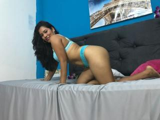 Sexy nude photo of BrunetMilf