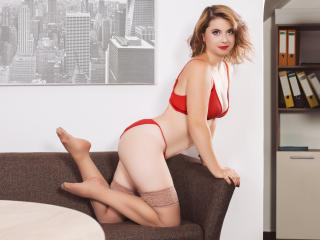 MilaGrace - Sexy live show with sex cam on XloveCam®