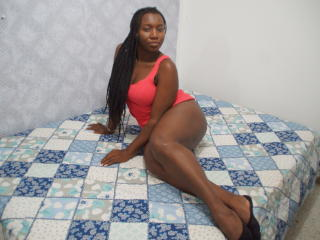 EdnaOne - Show live porn with this regular chest size Attractive woman