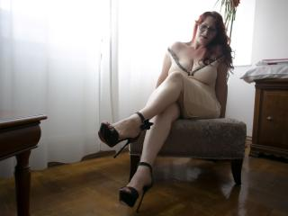 HairySonia - Live chat exciting with this average body Mature