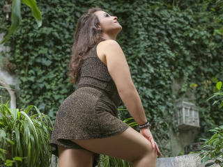 YourDreamMilf - Chat exciting with a big body Hot babe