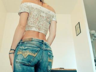 JuneCamFrancaise - Sexy live show with sex cam on sex.cam
