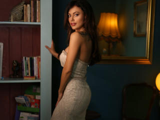 IreneCurtiz - Live cam nude with a dark hair Hot babe