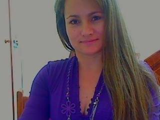 KrissySammy - chat online xXx with a latin Lady over 35