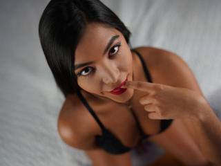 MeganErotic - Sexy live show with sex cam on XloveCam®