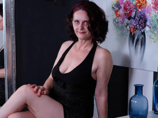 BrendaBelleForYou - Chat x with a standard boobs size Sexy mother