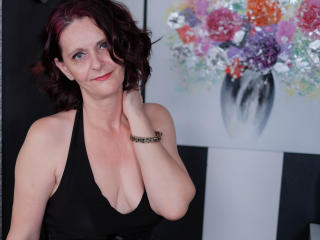 BrendaBelleForYou - chat online sexy with this ginger MILF