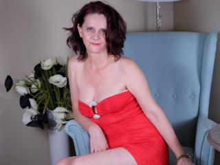 BrendaBelleForYou - Chat live x with a European Lady over 35