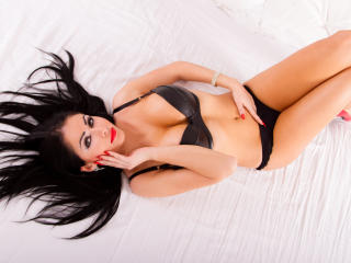 Sexy nude photo of HotLaura