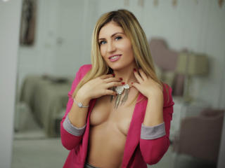 ClaireDaniells - Webcam sex with this big bosoms College hotties