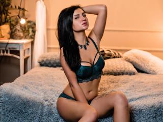 SilenaSS girl nude boobs on cam