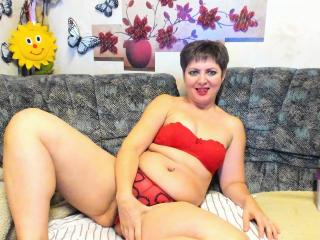 MatureEva - Chat live xXx with this being from Europe Attractive woman