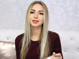 MissAmeliaM - Sexy live show with sex cam on XloveCam®