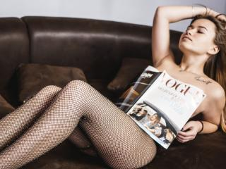 ViollaNiceAss - Sexy live show with sex cam on XloveCam®