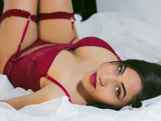 ValennttinaBella - Show sexy with a latin american Young lady