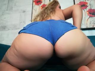 BadGirlON - Sexy live show with sex cam on XloveCam®