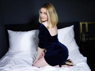 LeahLion anal sex webcam