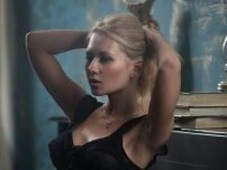 AngelikaR hot girl