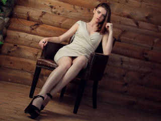 Sexy nude photo of BonnyMilton