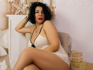 BigClitMILF - Chat live x with a MILF with big boobs