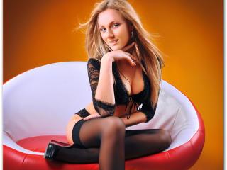 AzaleaCherry porn webcam live