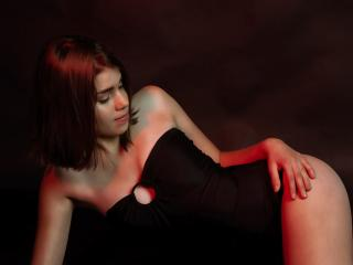 CassandraBB - Sexy live show with sex cam on XloveCam®