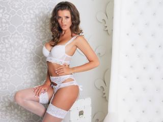 AdalynY - Show xXx with a shaved pubis Young lady