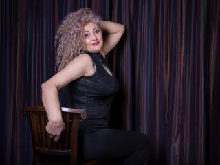 MatureEroticForYou - Chat live xXx with a White Lady over 35