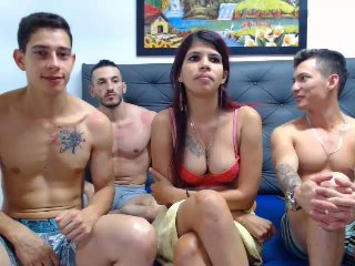 MarceGtGngBngw - Video chat porn with this shaved private part 4 way