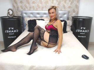 ChelyBlondex - Cam sex with this giant jugs Lady over 35