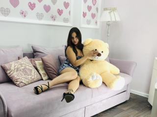 BaffyAmazing girl nude pussy on webcam
