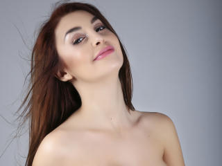 AttractiveReese - Live sex cam - 6171516